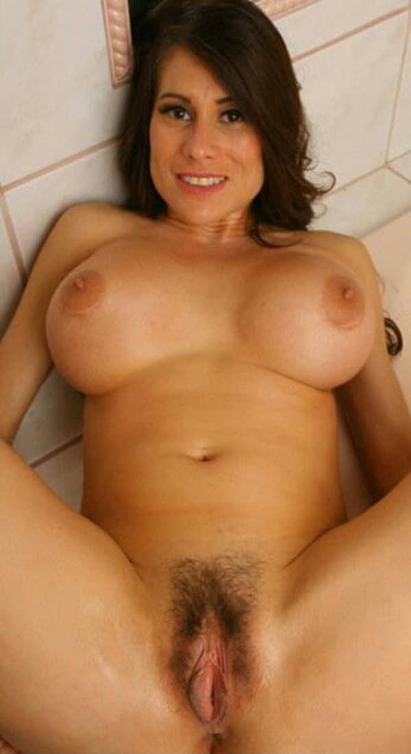les fellations enorme sein gratuit