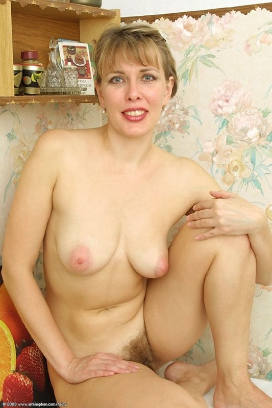 maman-blonde-touffue-2