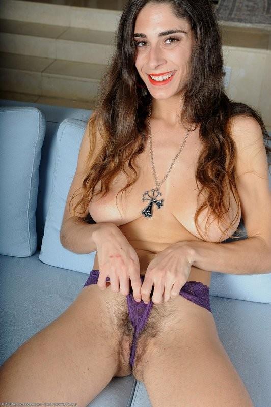 fille nudiste salope sauvage