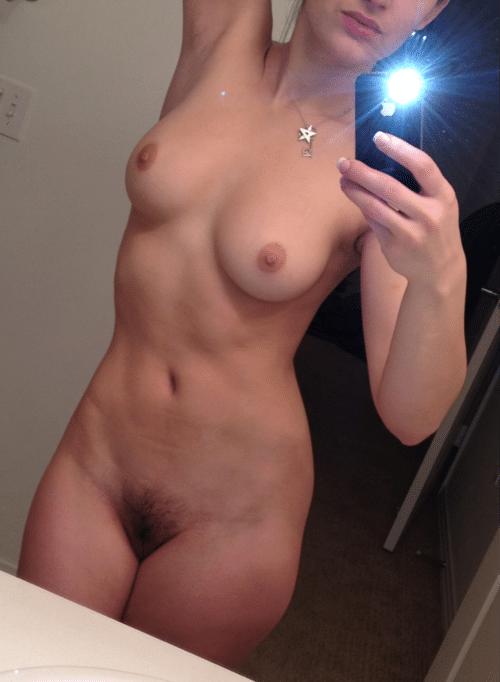 Selfie Dani Daniels