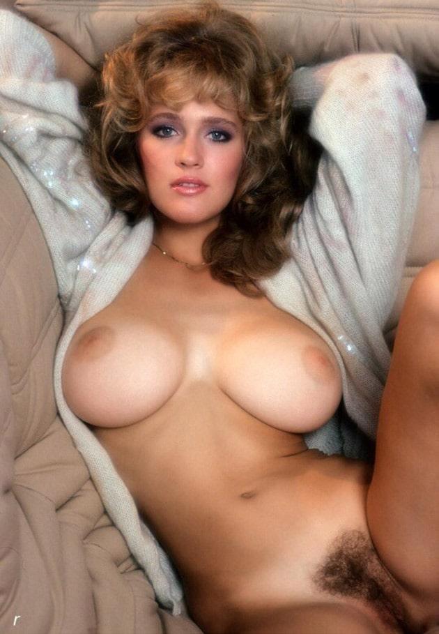 gros seins vintage escorte dominatrice