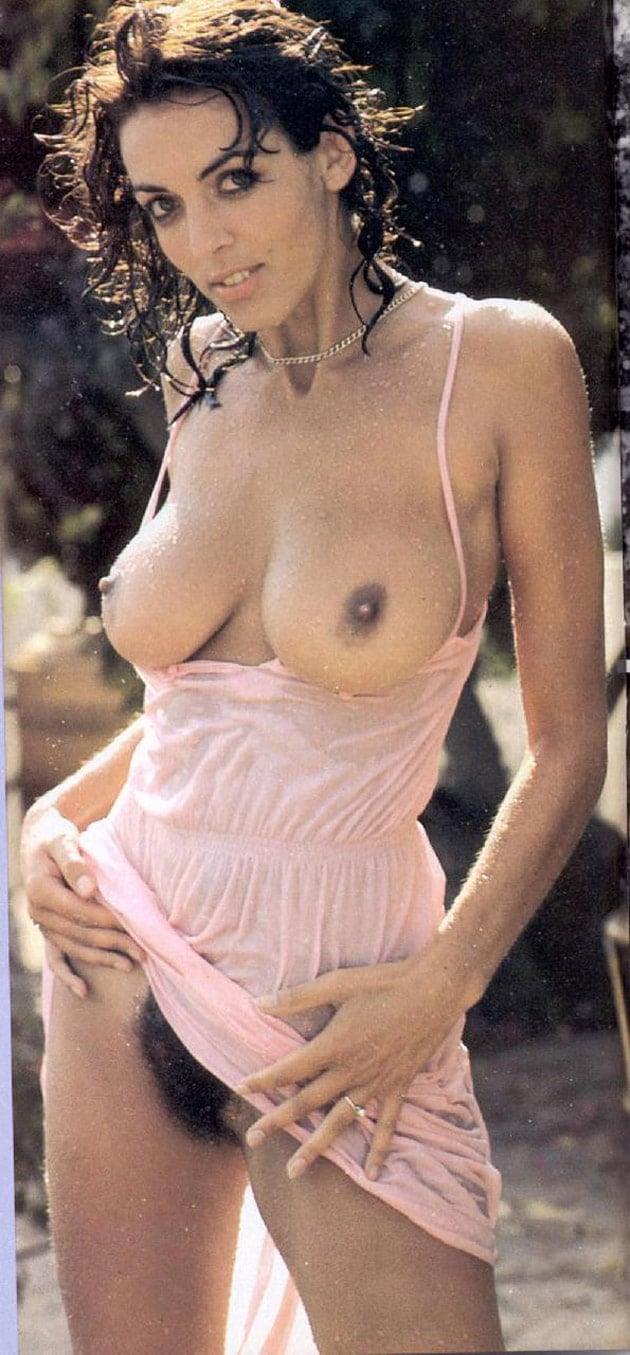 Brésilienne vintage à gros seins