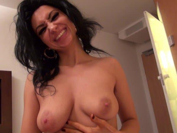 Les gros seins d'ivannah