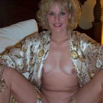 Touffe poilue d'une housewife blonde mature
