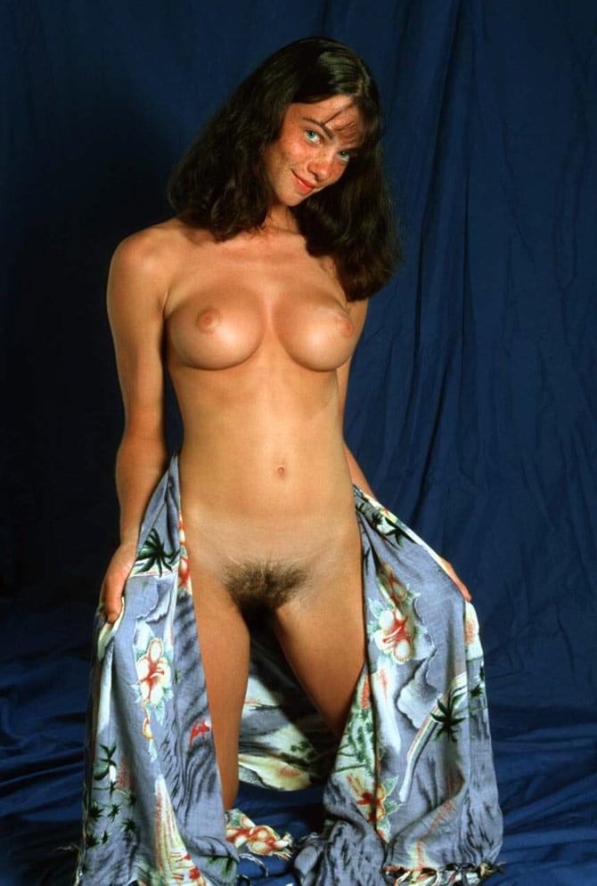 Gaëlle, brunette aux seins parfaits 5