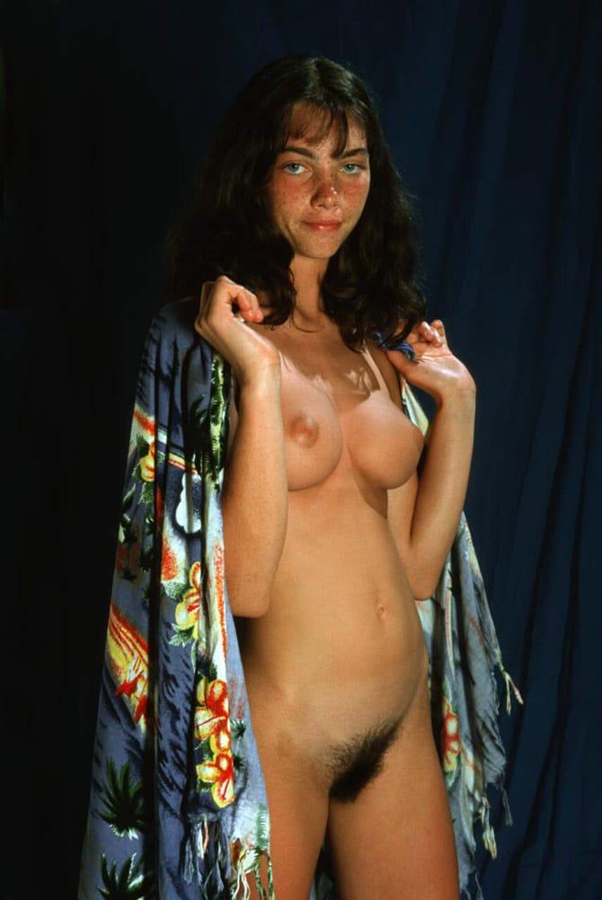 Gaëlle, brunette aux seins parfaits 8
