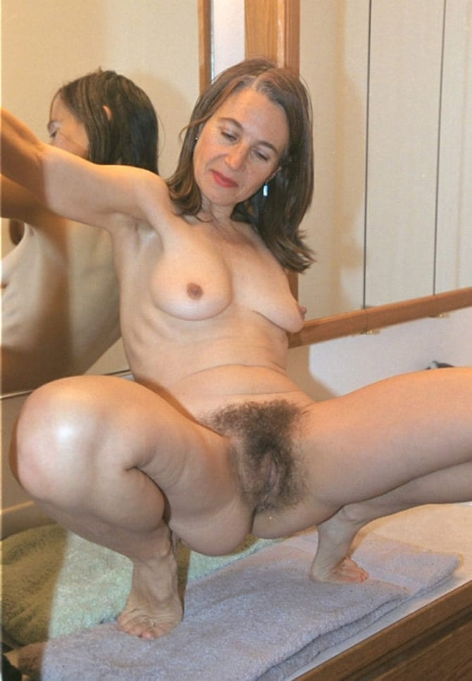 belle actrice italienne nue grosse chatte nu poil
