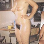Jocelyne, mature brune funky nue et touffue en1989
