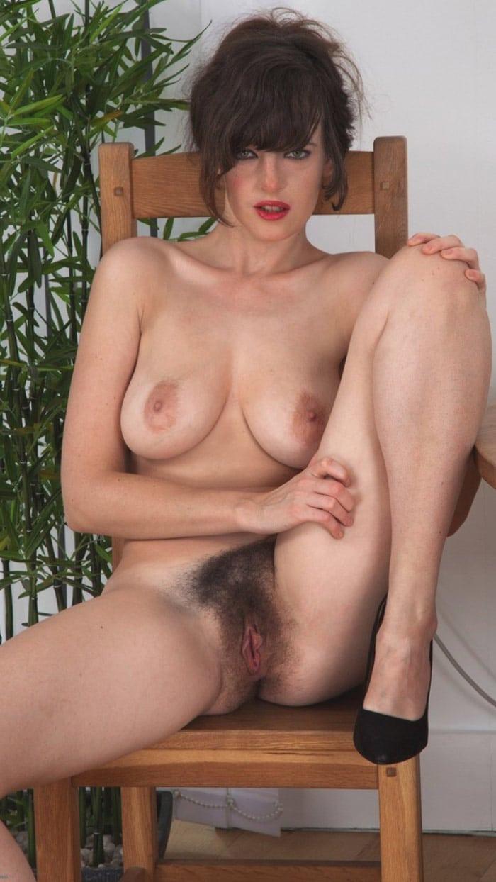 Grosse mamie lesbienne-8517
