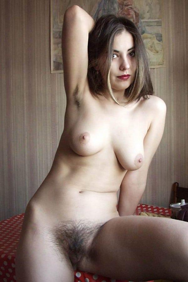 Alyzee petite and super sexy 9