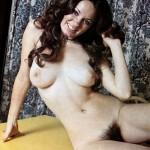 Donatella, Italienne pulpeuse à la foufe au poil doux