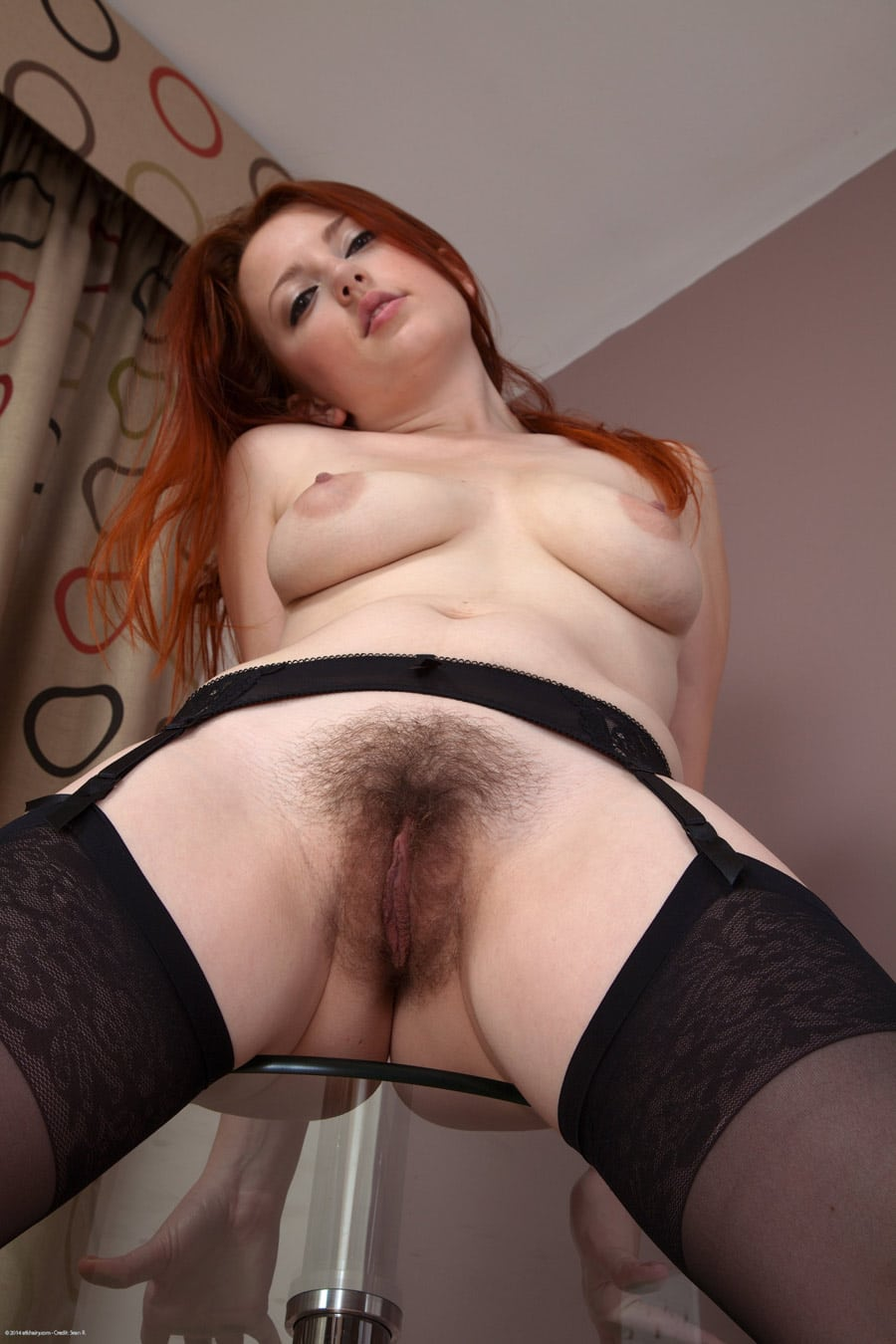 rouquine-chatte-douce-soyeuse-5