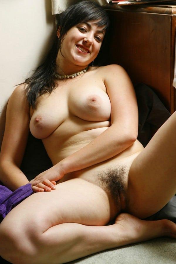 femme maigre nue escort girl