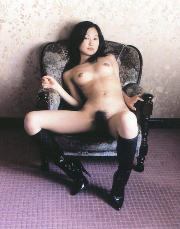 asiatique nue escort la grande motte