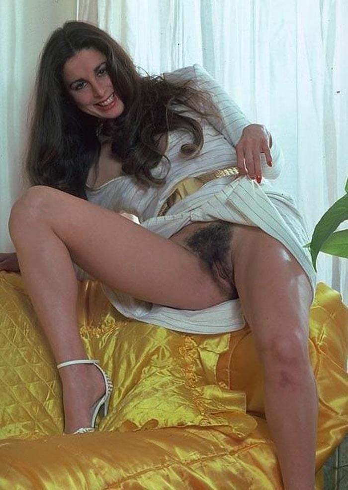 Femme de menage - 3 8