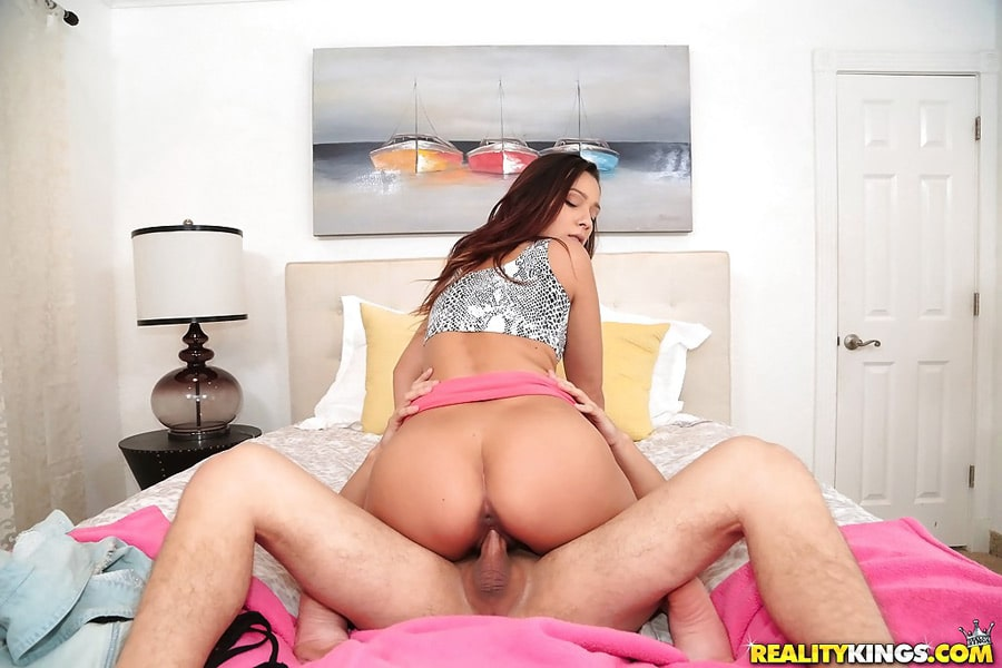 Jaye Summers Hot Bush 11