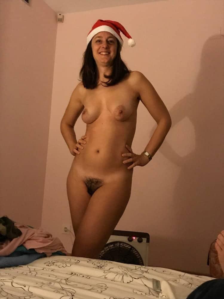 Anne, femme au foyer minou poilu 12