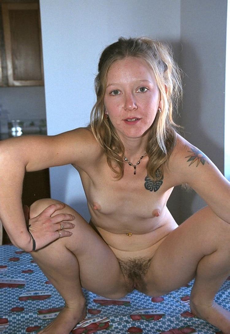 Salope femme de beauf velue 3